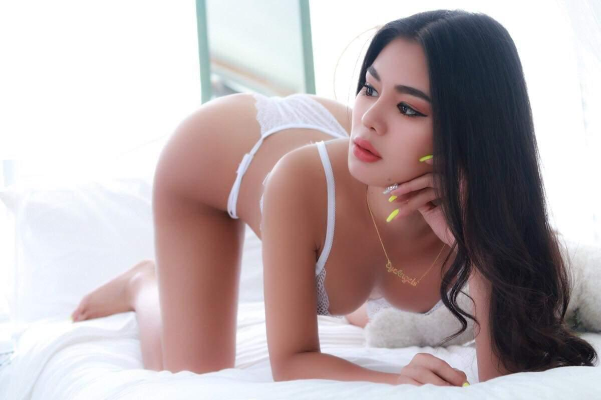 Black Label Bangkok Escort - Eye 4